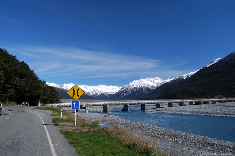 Christchurch to Arthur's Pass Alpine Rivers Photo by Tourism New Zealand