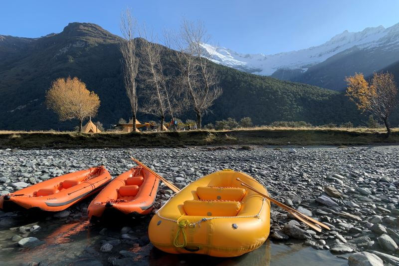 Pyke Hollyford Expedition River Rafting